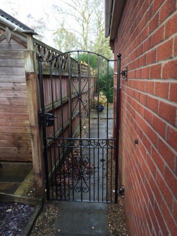 Hoveton Decorative gate