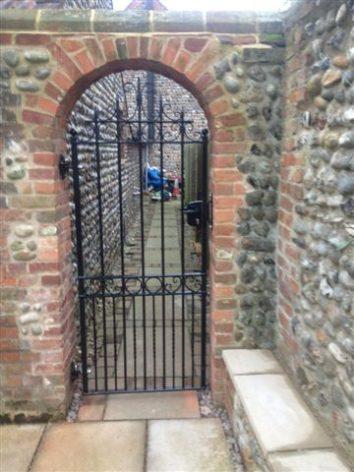 Wroxham - High end gate, premium